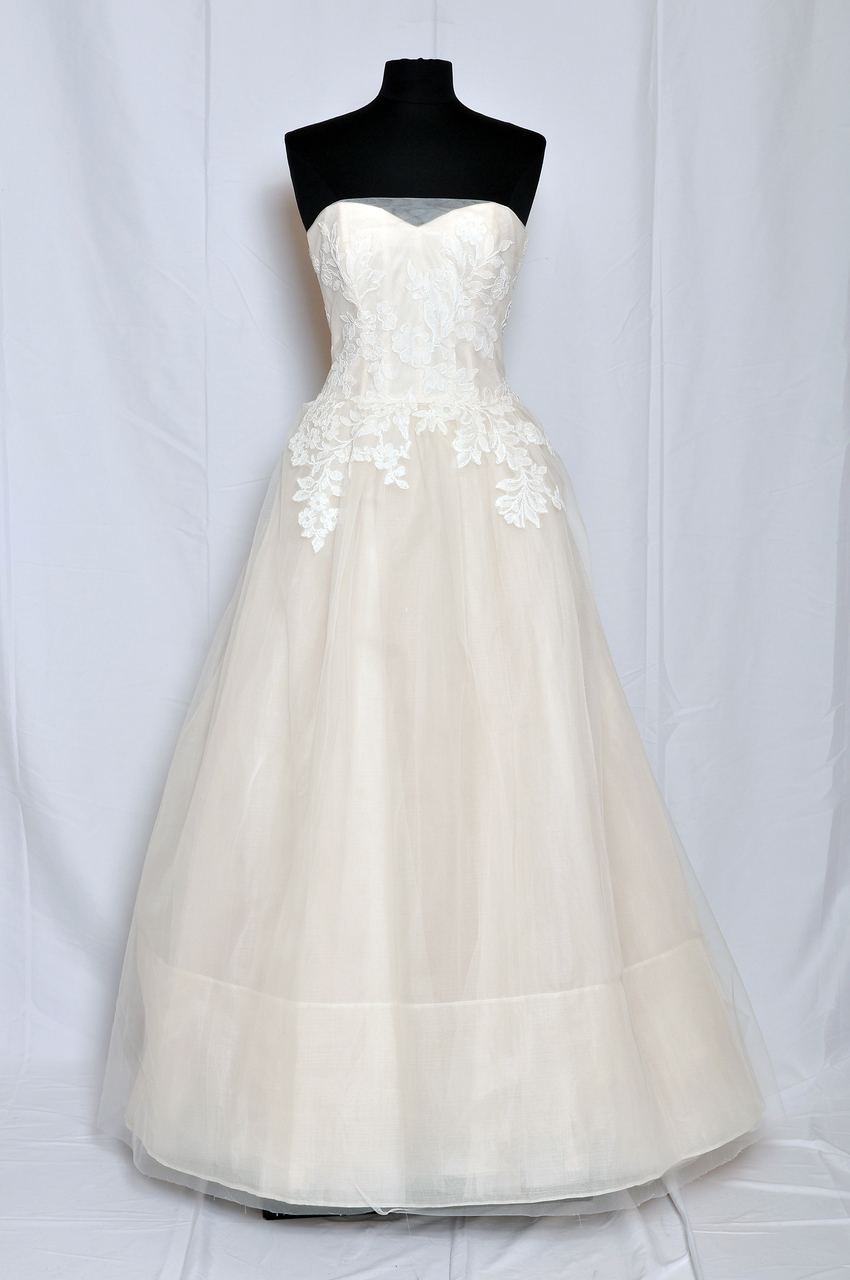 Amsale Bridal AMAL Strapless ballgown with lyon lace hand appliqued