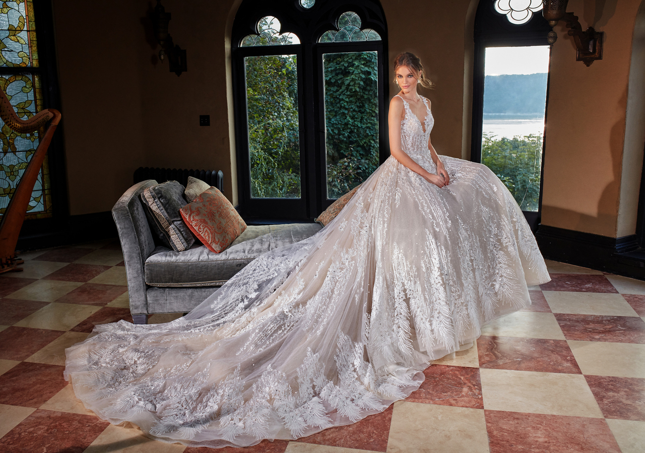 Eve of Milady Bridals 0136330