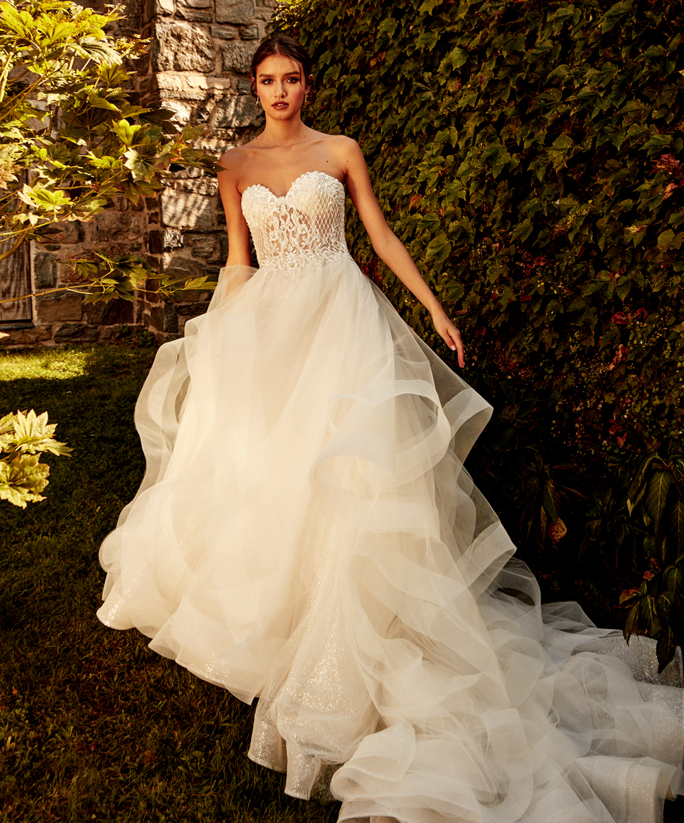 Eve of Milady Bridals 0137939