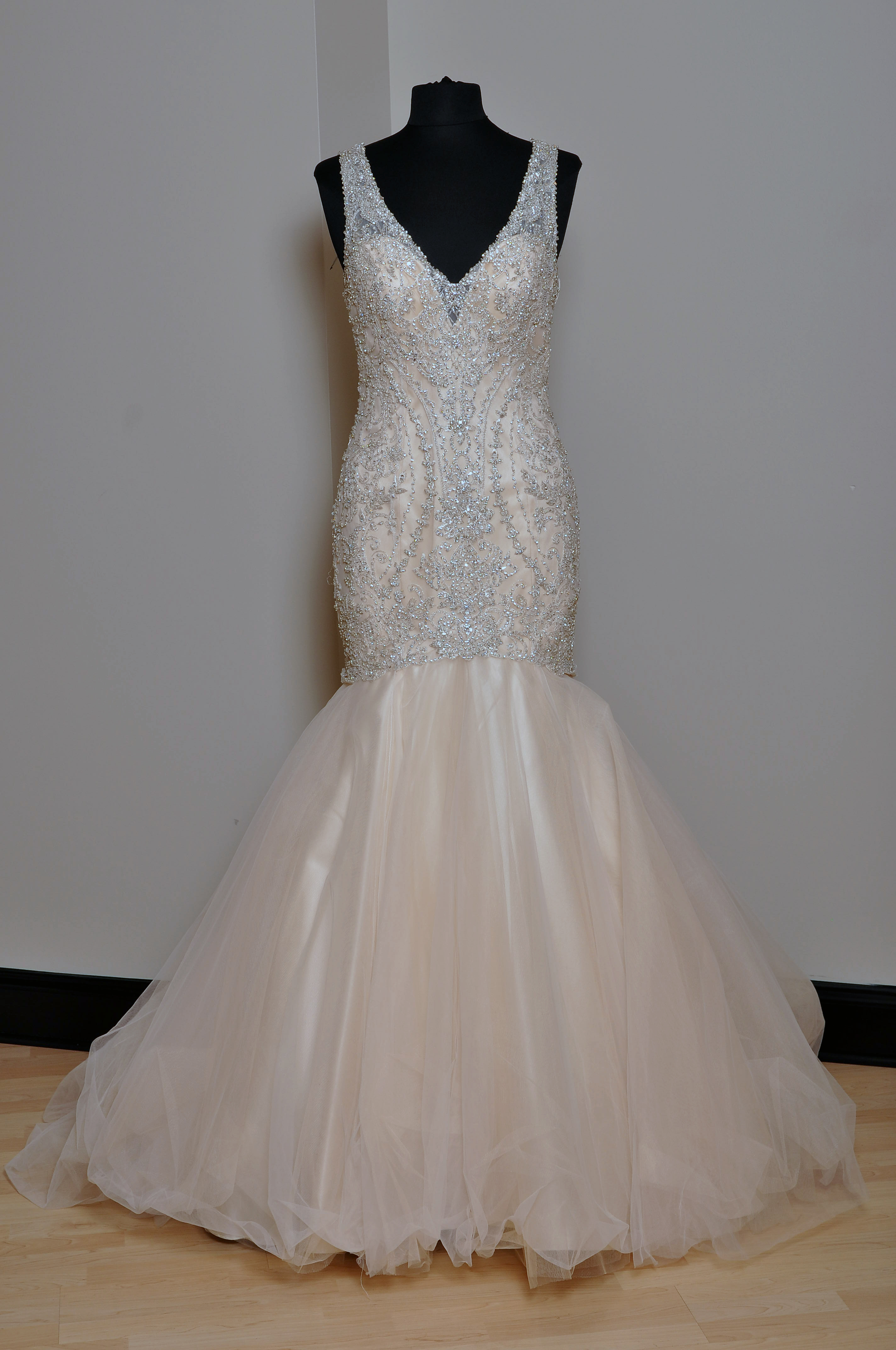BRIDALS BY LORI EXCLUSIVE 0131863