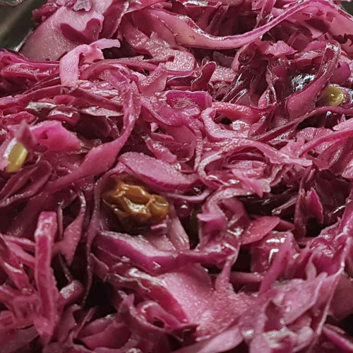 Lifestyle Cafe: Red Cabbage Salad
