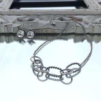 Carefree Chain Necklace