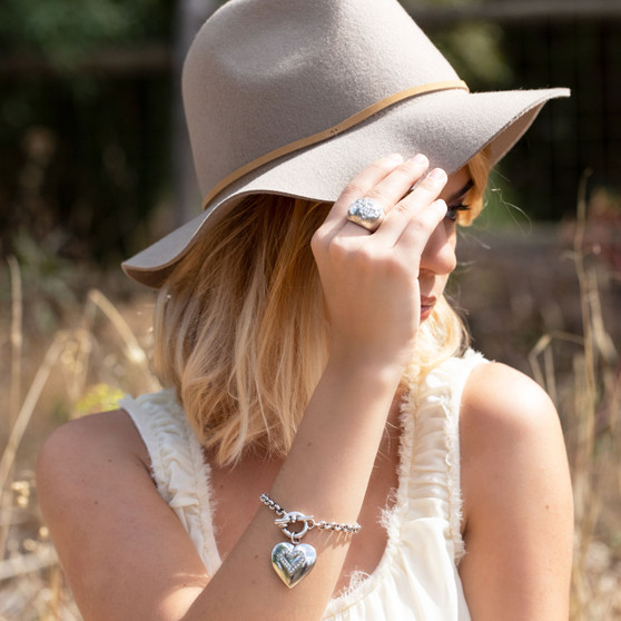 SweetHeart Locket Bracelet (B1512)