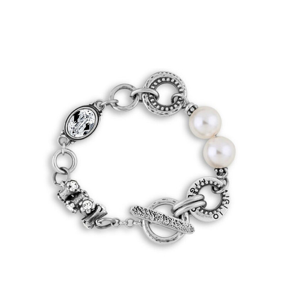 Carefree Pearl Bracelet