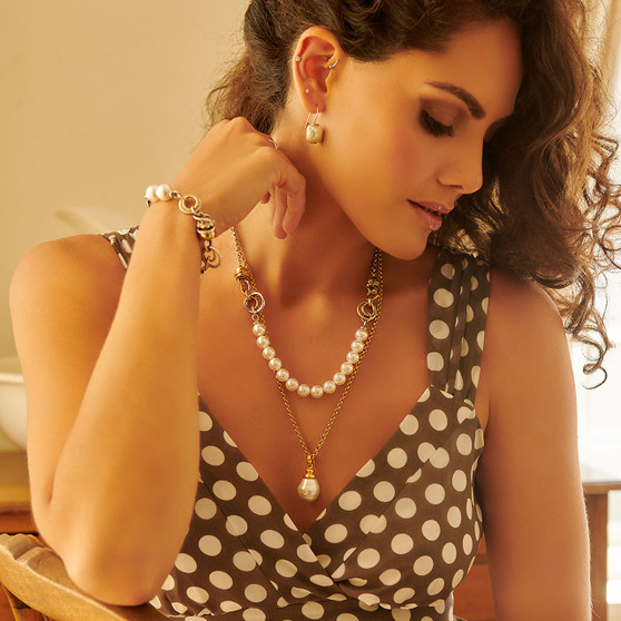 18ct Gold Plated Pearl Drop Pendant
