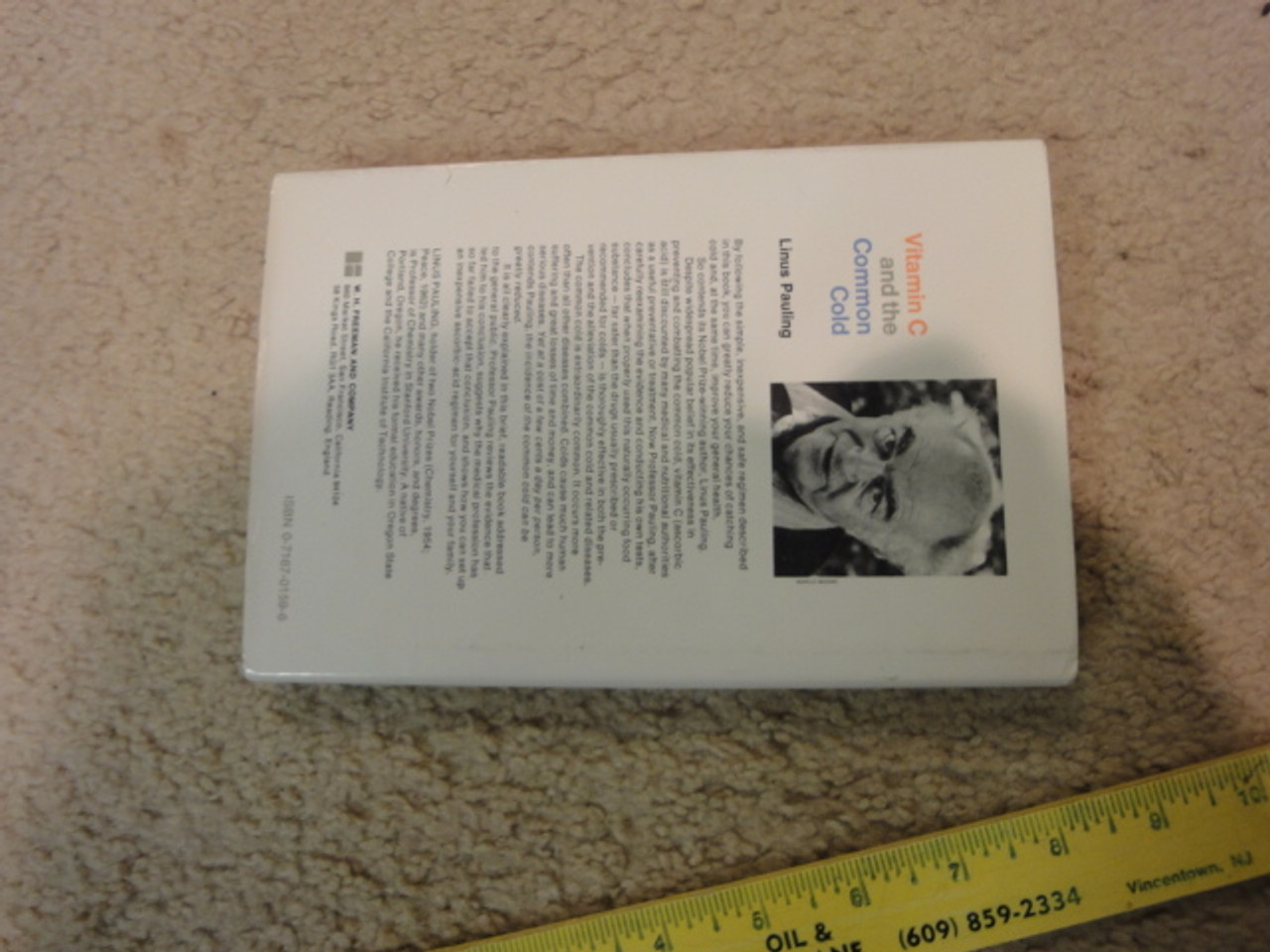 """Pauling, Linus """"Vitamin C And The Common Cold"""" 1970 Book Signed Autograph"""