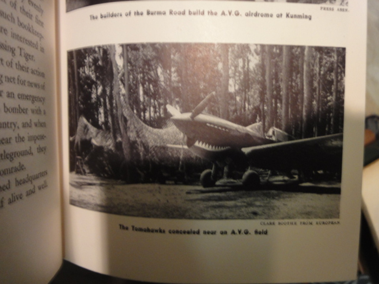 """Chennault Claire Lee General """"The Flying Tigers"""" 1942 Signed Autograph Photos WW II"""