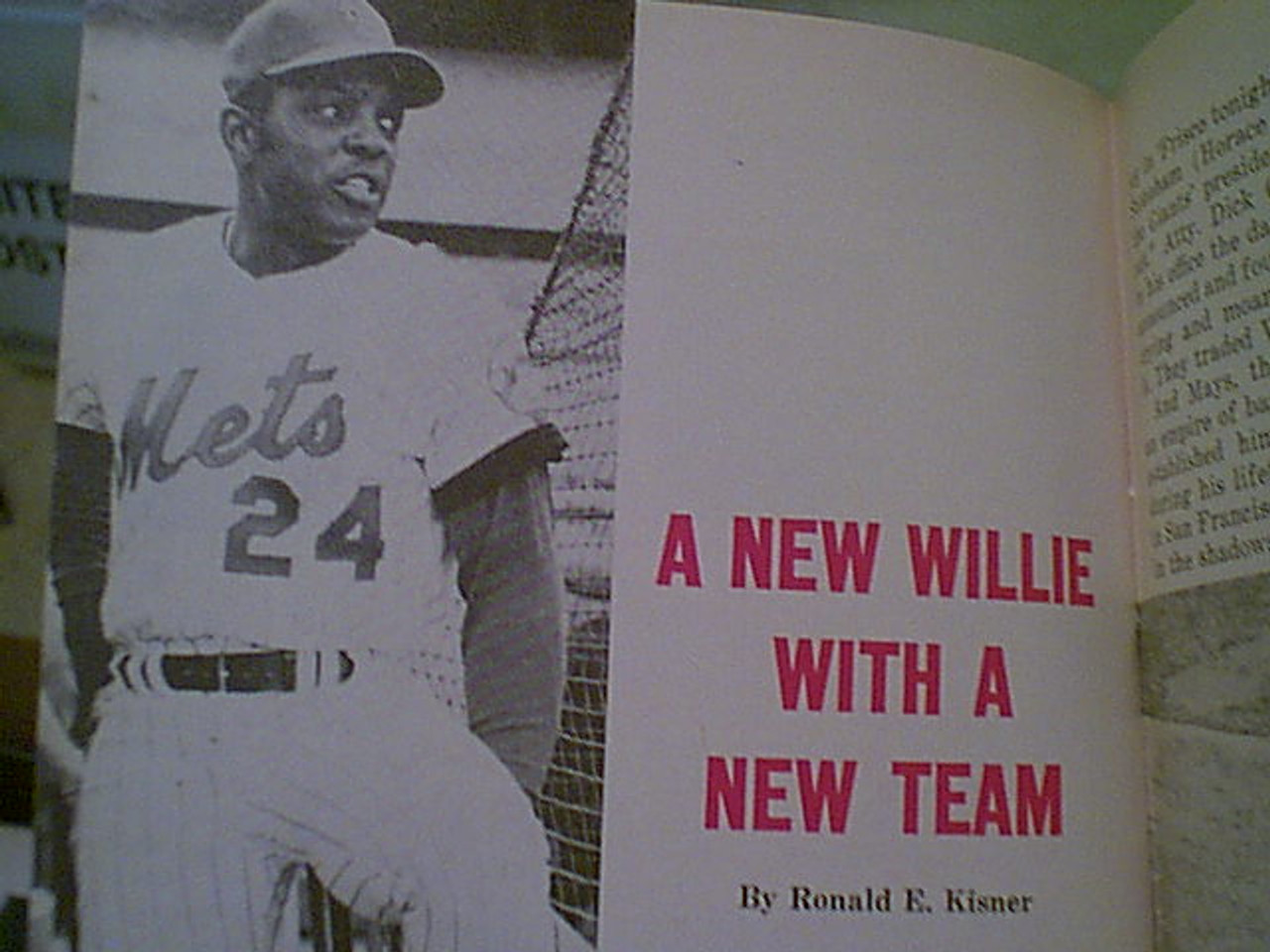 Mays, Willie Jet Magazine 1972 Signed Autograph Color Cover Photo Baseball