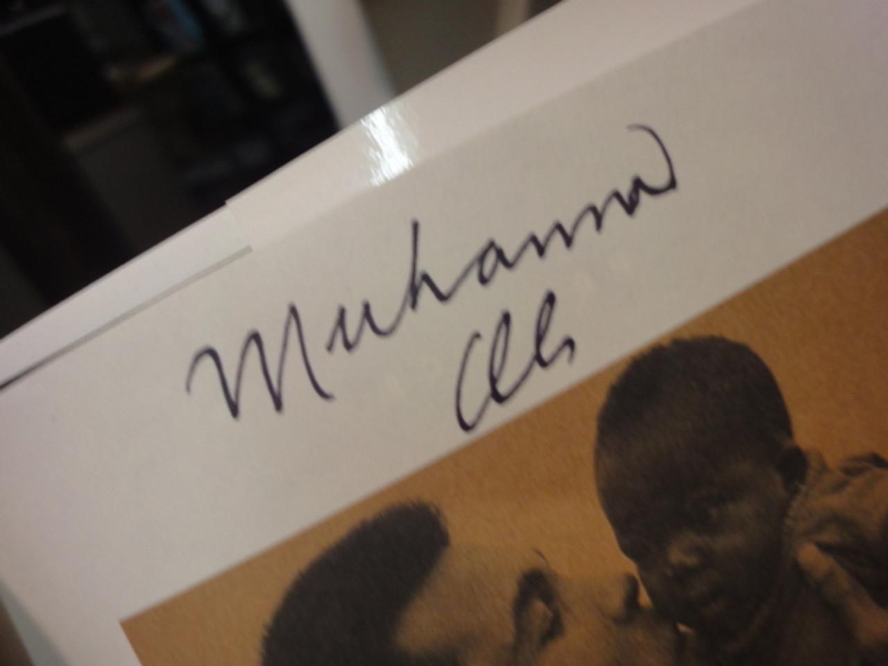 "Ali, Muhammad ""Healing"" 1996 Book Signed Autograph Photos"