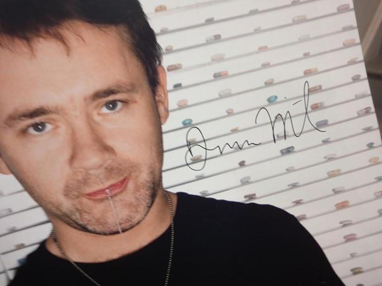 Hirst, Damien Color Photo Signed Autograph
