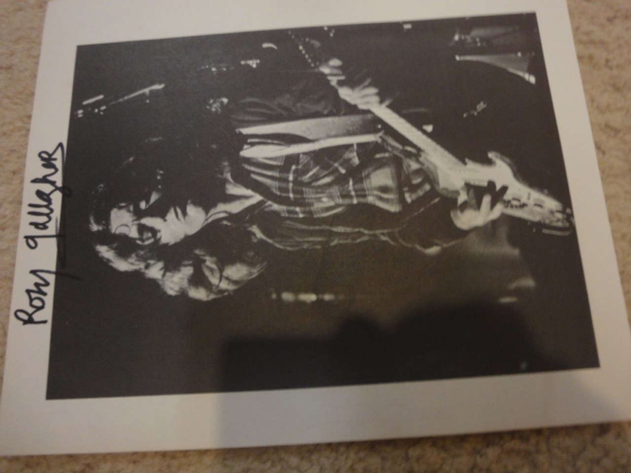 Gallagher, Rory Photo Signed Autograph In Concert