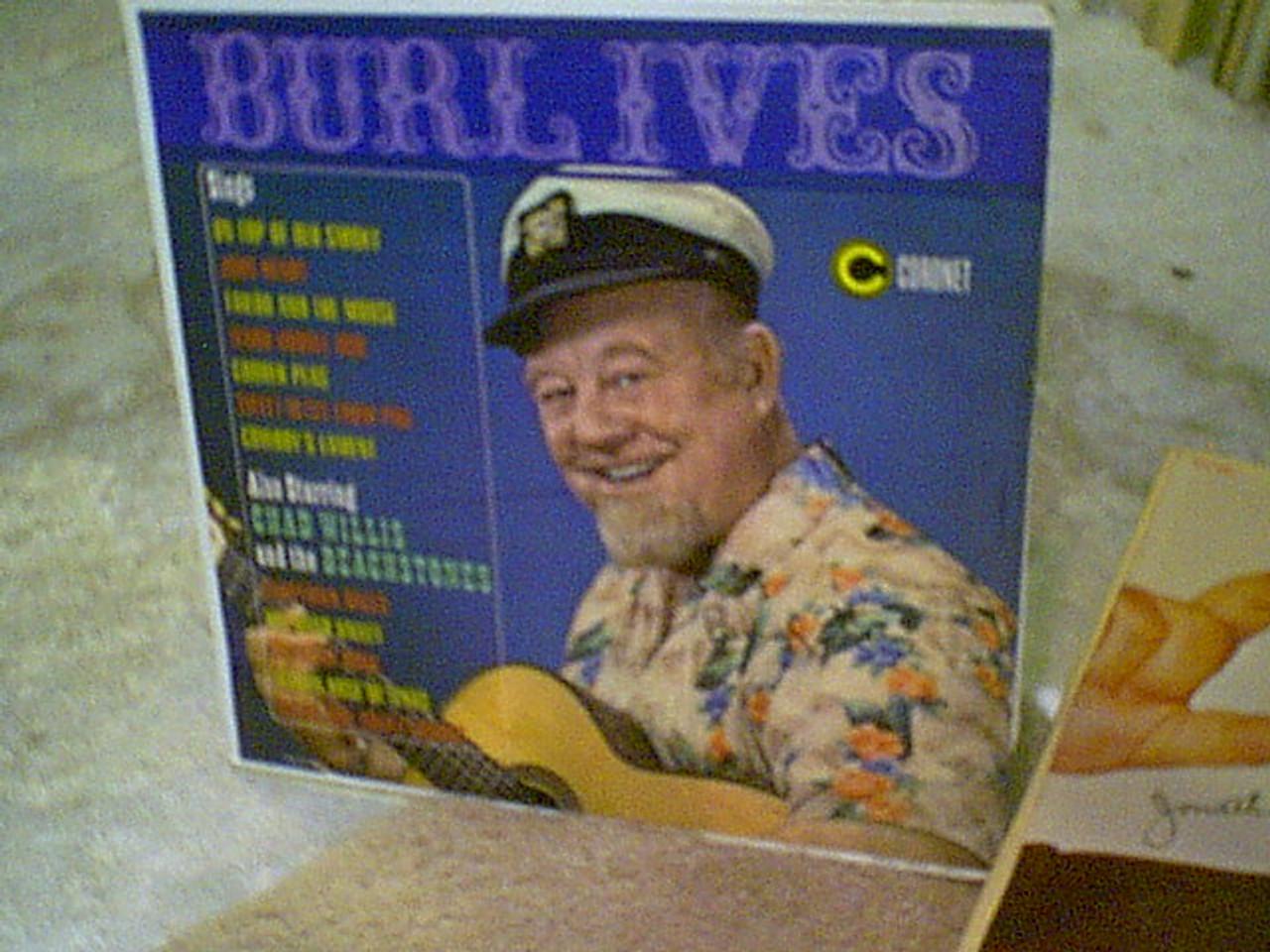Ives, Burl LP Signed Autograph Sings
