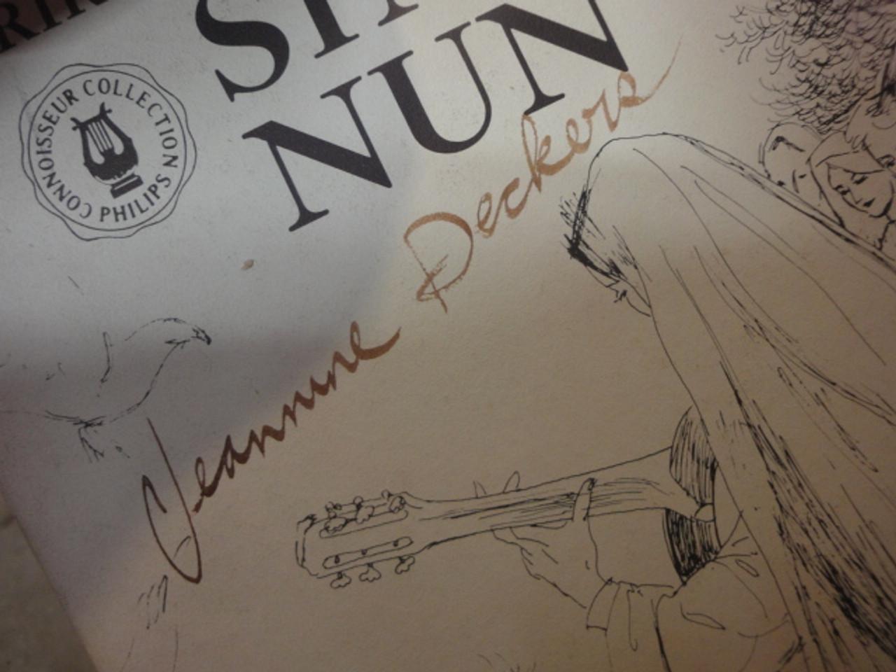 """Soeur Sourire Jeanne Jeannine Deckers """"The Singing Nun"""" LP Signed Autograph With Booklet With Original Portfolio """"Dominique"""""""