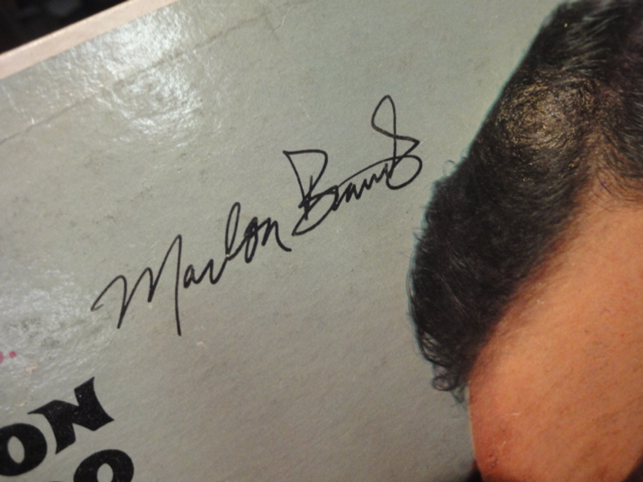 "Brando, Marlon ""Sayonara"" 1957 LP Signed Autograph Color Cover Photo"