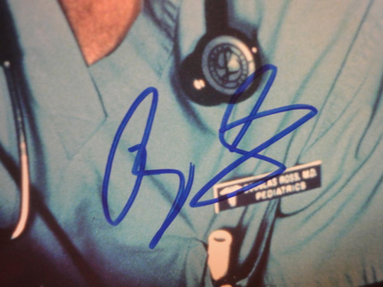 "Clooney, George Color Photo Signed Autograph ""ER"""