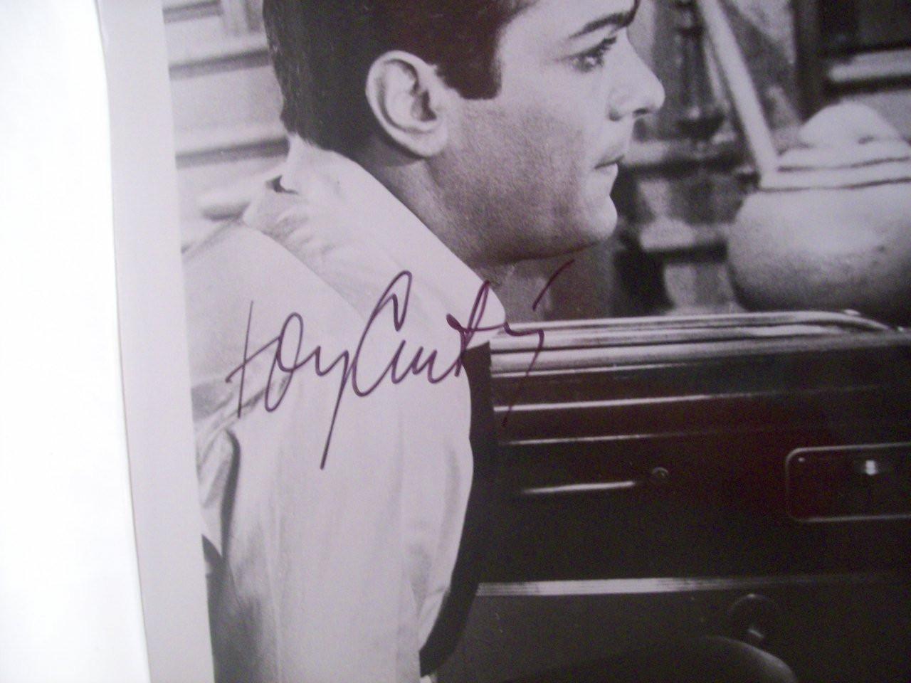 Curtis, Tony Debbie Reynolds Photo Signed Autograph The Rat Race 1960