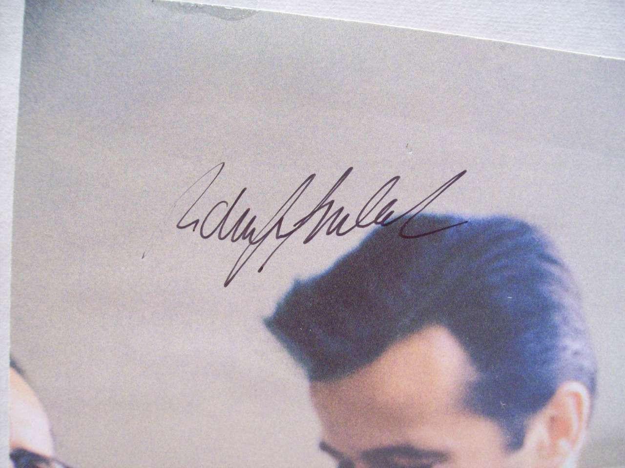 Goulet, Robert Photo Signed Autograph Atlantic City