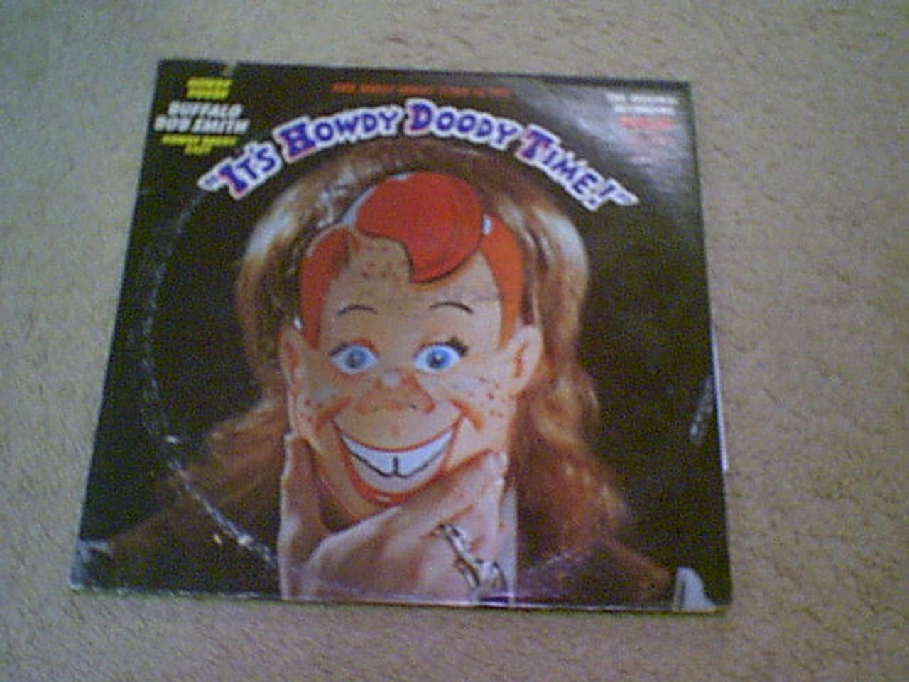 Howdy Doody Buffalo Bob Smith LP 1971 Signed Autograph