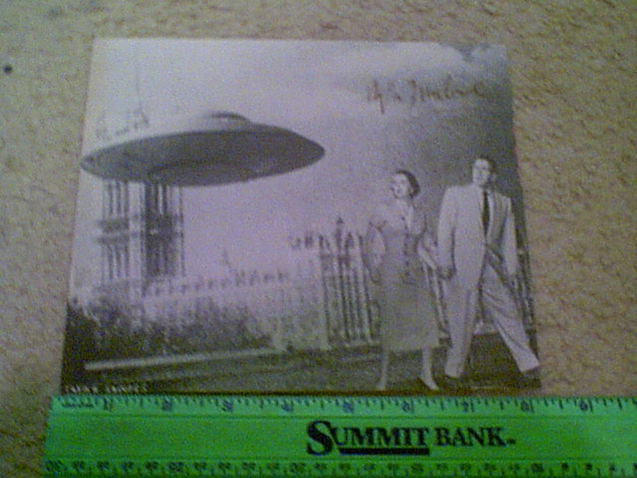 """Marlowe, Hugh """"The Earth Versus Flying Saucers"""" Photo Signed Autograph Movie Scene"""