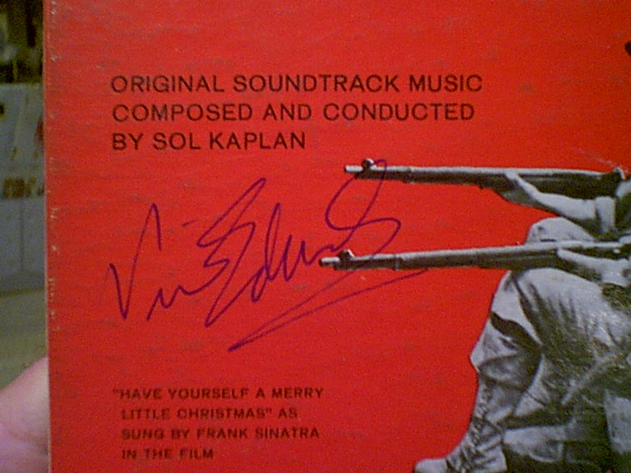 "Peppard, George Peter Fonda Albert Finney Vince Edwards ""The Victors"" 1962 LP Signed Autograph Photos"