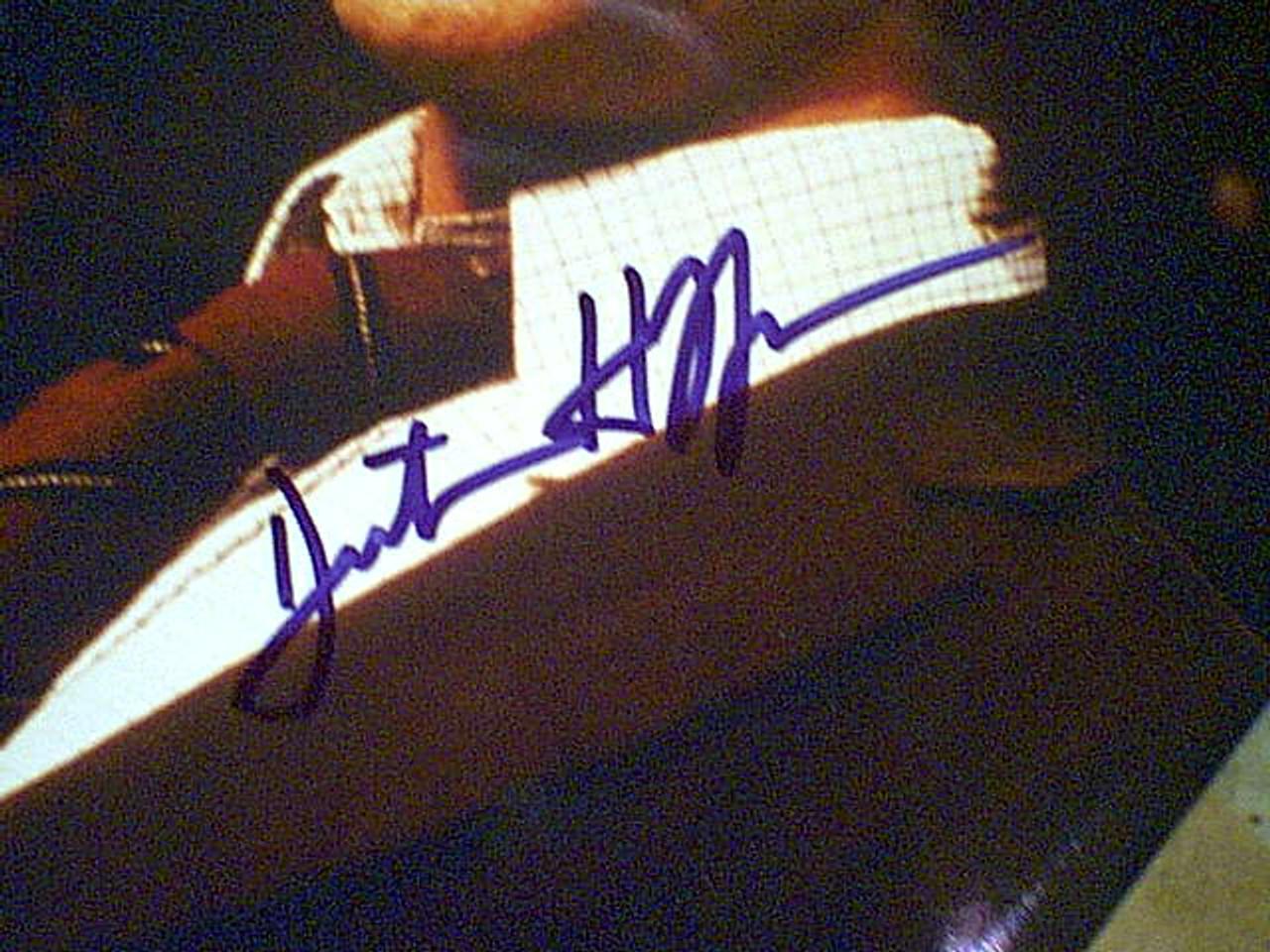 Hoffman, Dustin Color Photo Autograph