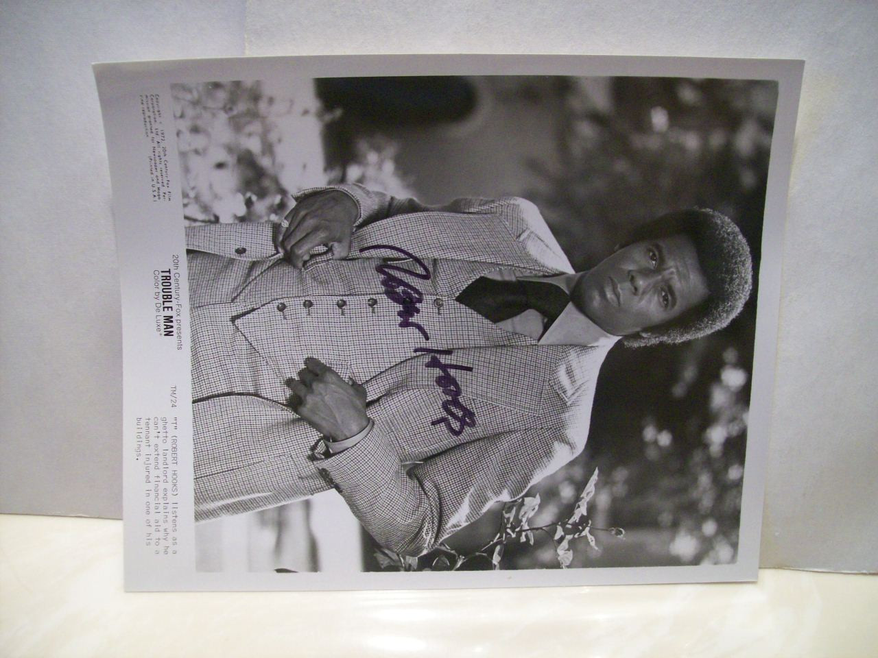 Hooks, Robert Photo Signed Autograph Trouble Man