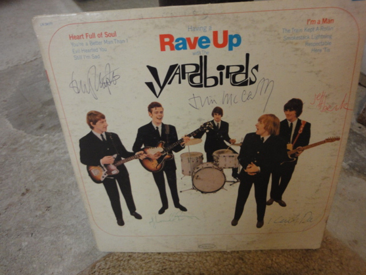 """Yardbirds Eric Clapton Jeff Beck Keith Relf Paul Samwell Smith Jim McCarty 1965 LP Signed Autograph """"Having A Rave Up""""-"""