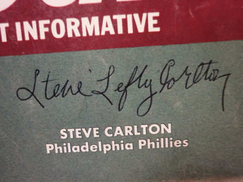 """Carlton, Steve """"Baseball Street And Smith's Official Yearbook"""" Magazine 1973 Signed Autograph Cover Photo"""