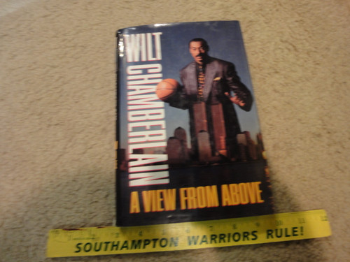 """Chamberlain, Wilt """"A View From Above"""" 1991 Book Signed Autograph Photos Basketball"""