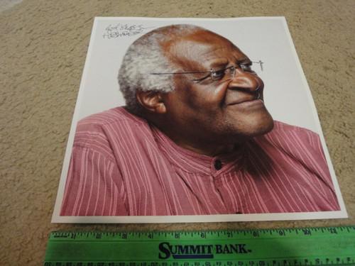 Tutu, Desmond Color Photo Signed Autograph