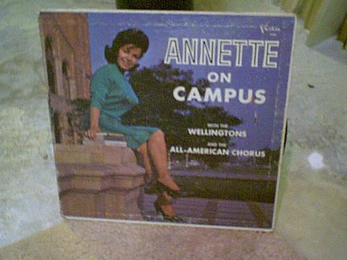 """Annette Funicello """"Annette On Campus"""" 1963 LP Signed Autograph Photos Disney"""