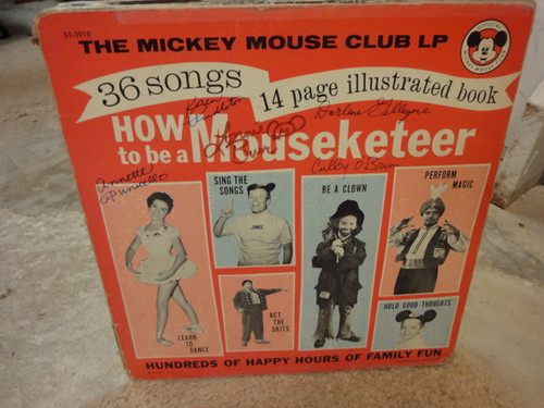 """Annette Funicello Darlene Gillespie Cubby O'Brien Karen Pendleton Lonnie Burr """"How To Be A Mouseketeer"""" 1962 LP Signed Autograph Disneyland Photos Mickey Mouse"""