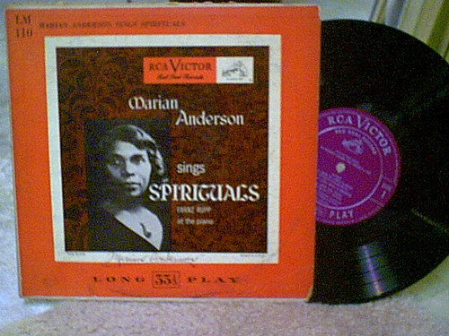 """Anderson, Marian Ten Inch LP 10"""" Signed Autograph Sings Spirituals"""