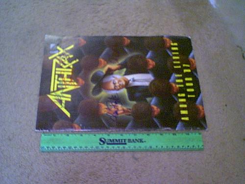 "Anthrax ""Among The Living Tour"" 1987 Concert Program Signed Dan Spitz Charlie Benante Joe Belladonna Frank Bello Scott Ian Autograph Color Photos"