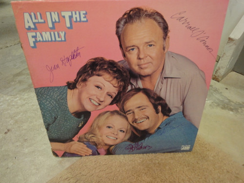 All In The Family Carroll O'Connor Jean Stapleton Rob Reiner Sally Struthers 1971 LP Signed Autograph Theme Photos