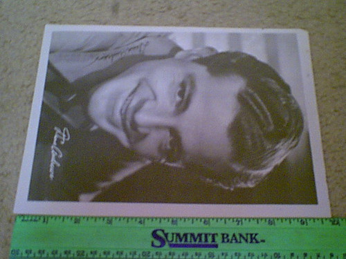 """Andrews, Dana Photo 1945 Signed Autograph """"A Walk In The Sun"""" With Biography"""