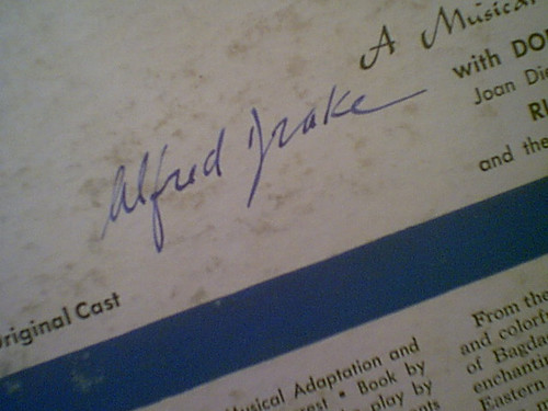 """Drake, Alfred """"Kismet"""" 1953 LP Signed Autograph Original Cast"""