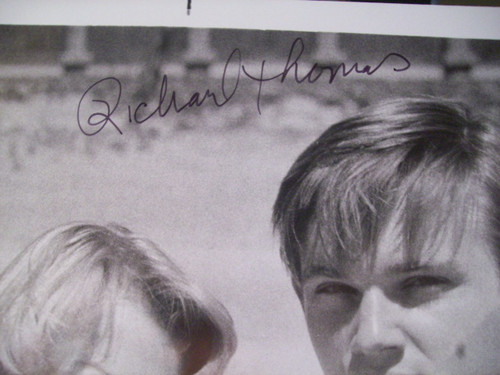 Thomas, Richard Photos Signed Autograph September 30, 1955 1977