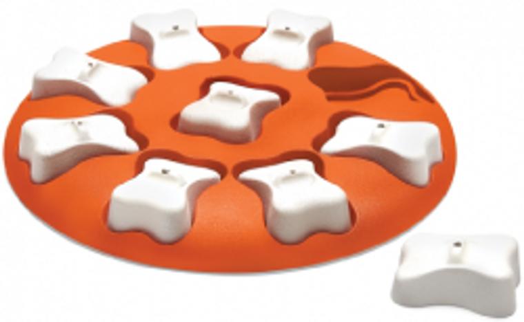 Outward Hound Orange Dog Smart Game Dog Toy