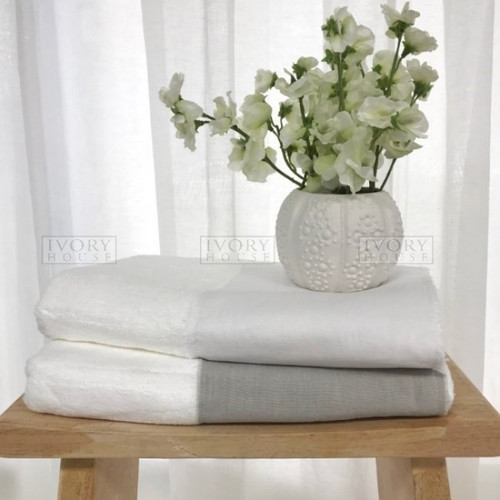 Ivory House Bath Towel with Grey Linen