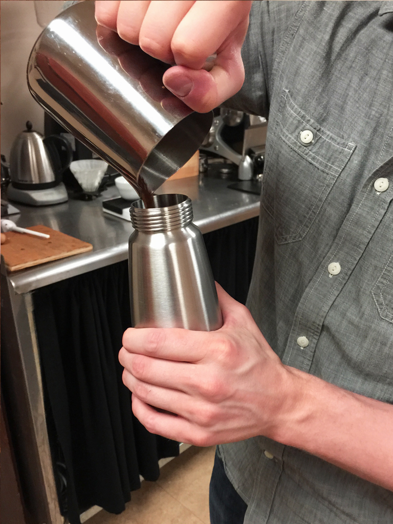 Whipping siphon cold brew