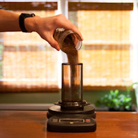Pour Coffee into Aeropress - DIY ice brew