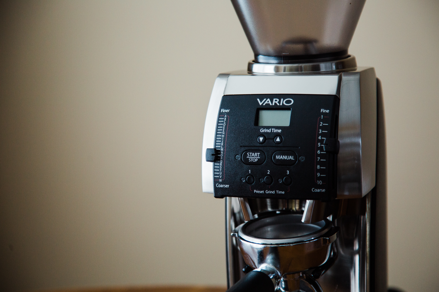 A closeup of the Baratza Vario, focused in on the digital control panel.
