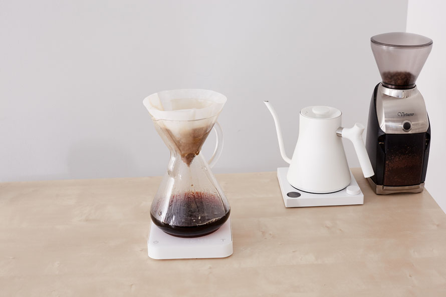 Chemex brewing, with white Stagg EKG and Virtuoso grinder