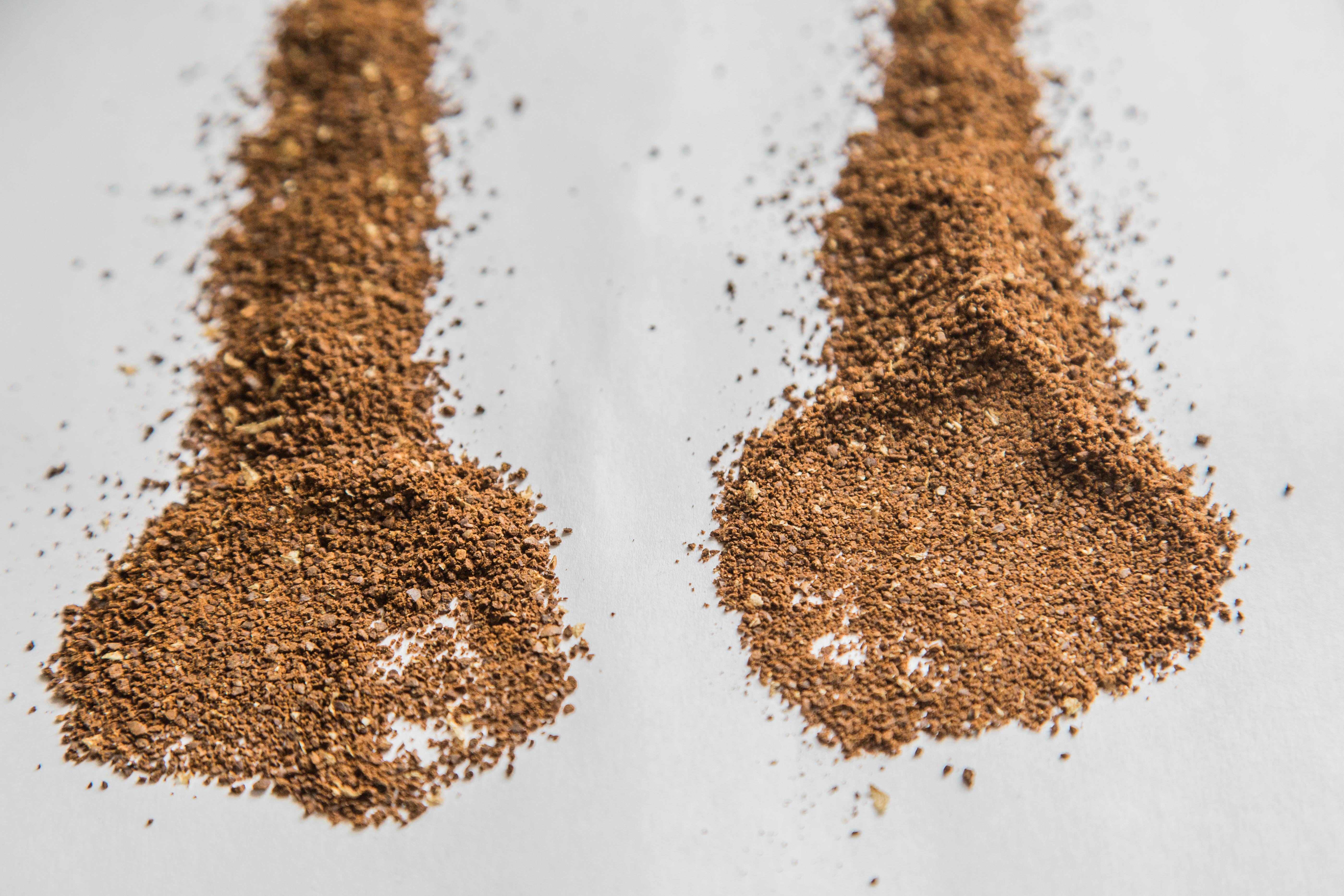 On the left is a medium grind setting on a false burr grinder, showing a large range of particle sizes. On the right is a medium grind from a mid-range conical burr, which shows some fines but much more overall uniformity.