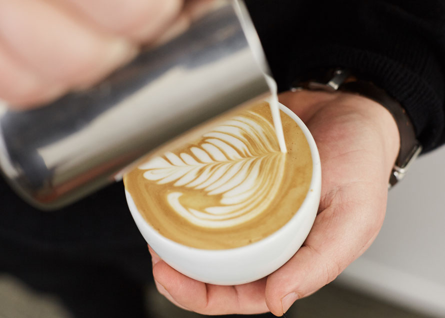 Thin lines in latte art