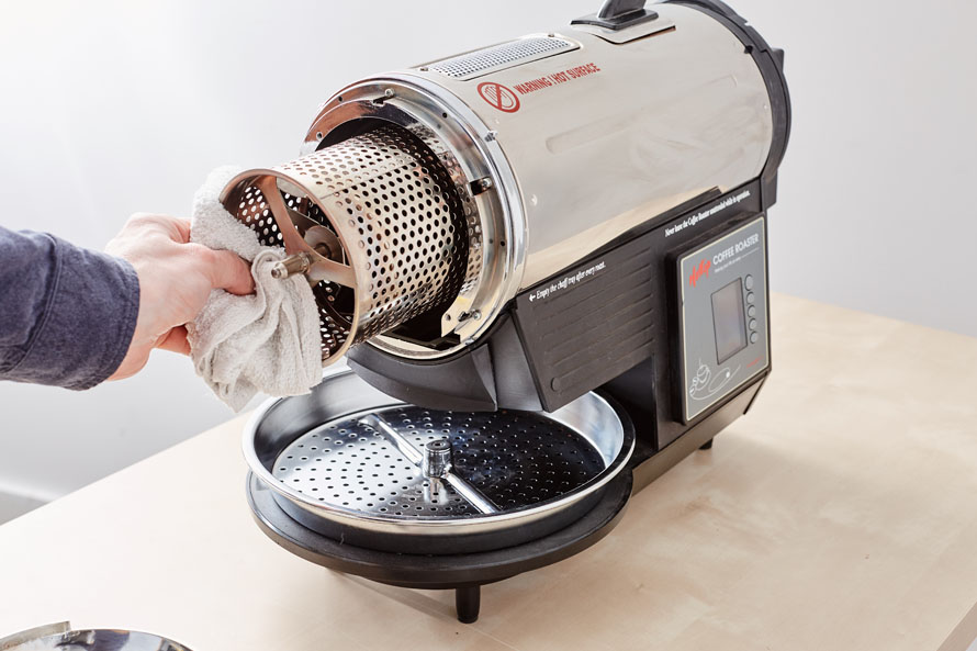 Removing the drum of a Hottop Roaster