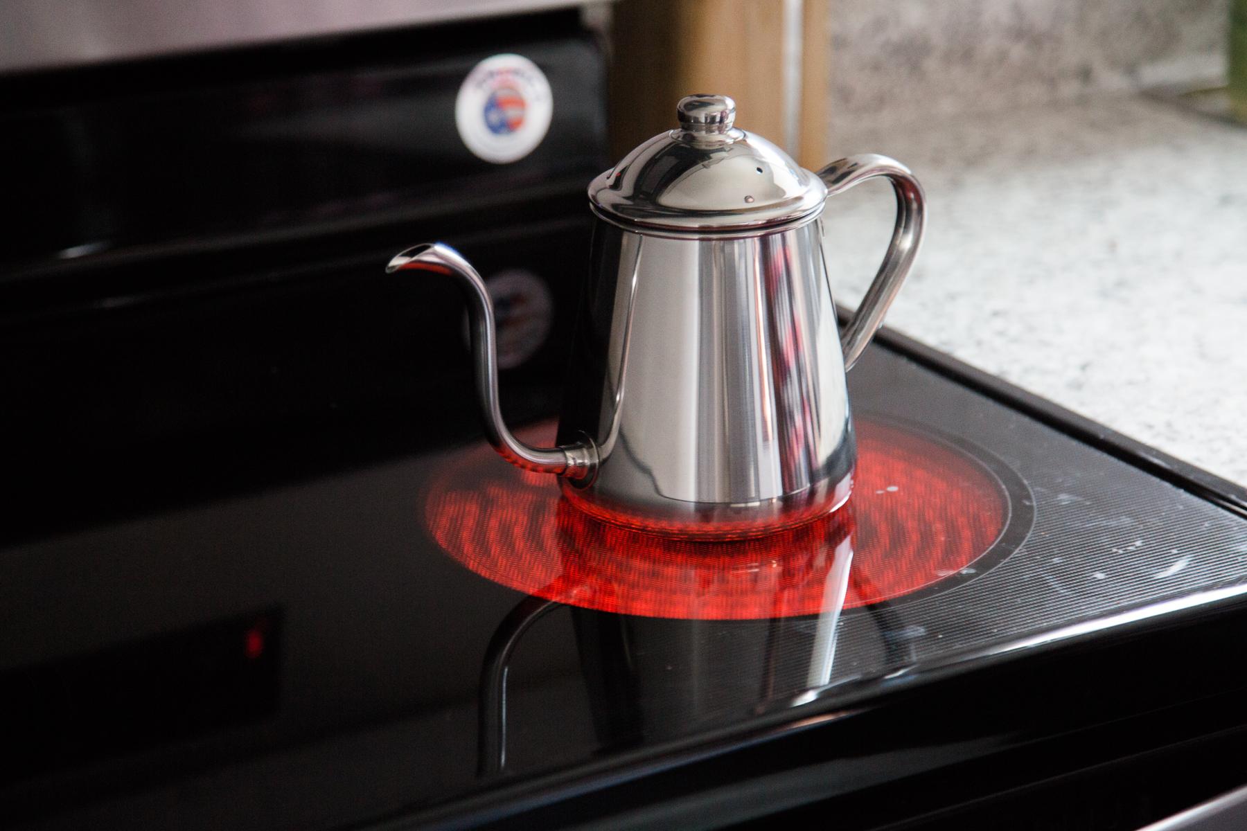 Takahiro Pouring kettles