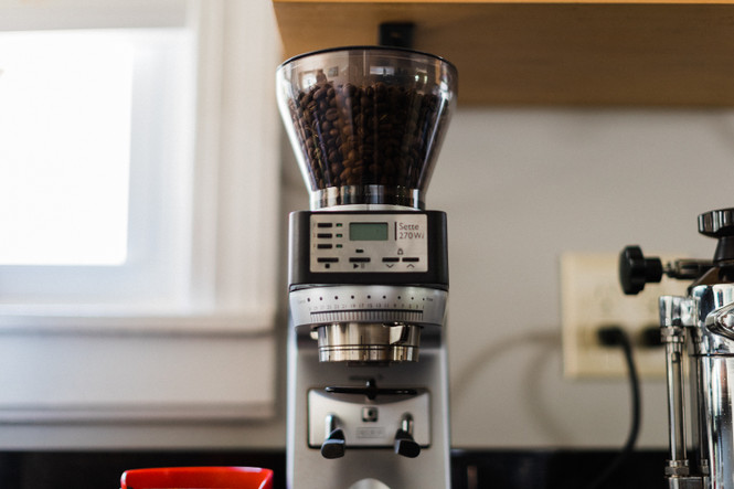 Baratza Sette 270Wi Weight-based Conical Burr Coffee and Espresso Grinder Home Setup Front View