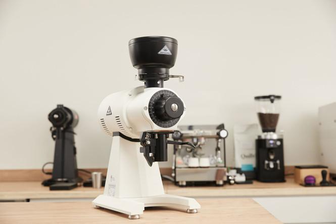 Mahlkonig EK43 Mini Dosing Hopper on a EK43S Coffee and Espresso Grinder